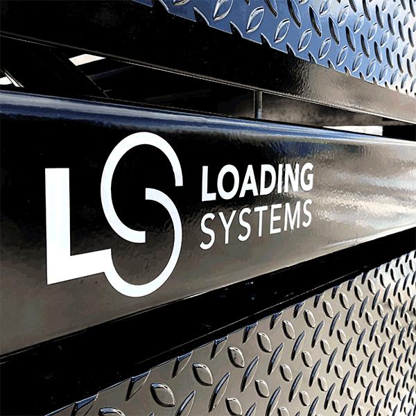 Loading Systems laadbrug met poedercoating.